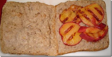 Gorgozola Peach Panini 010