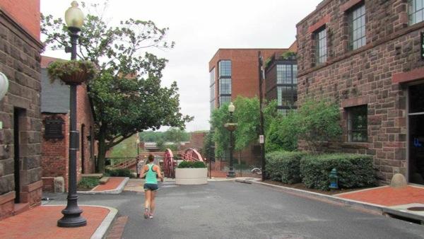 Georgetown running